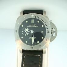 Panerai Luminor Submersible PAM00305 Black Dial Watch