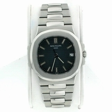 Patek Philippe Nautilus 5711/1A Automatic Watch