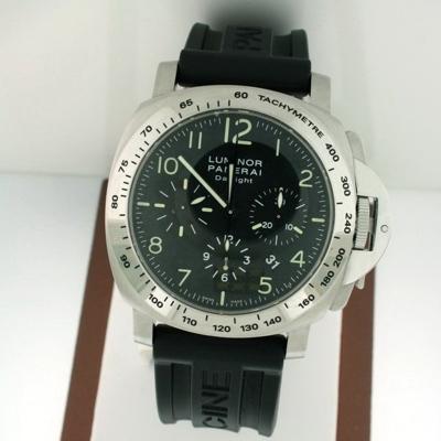 Panerai Luminor Chronograph PAM00196 Automatic Watch