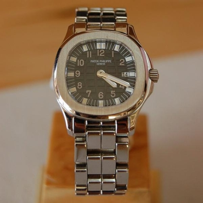 Patek Philippe Aquanaut 5066/1A Mens Watch