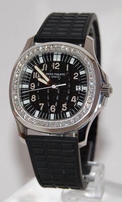 Patek Philippe Aquanaut 5067A Mens Watch